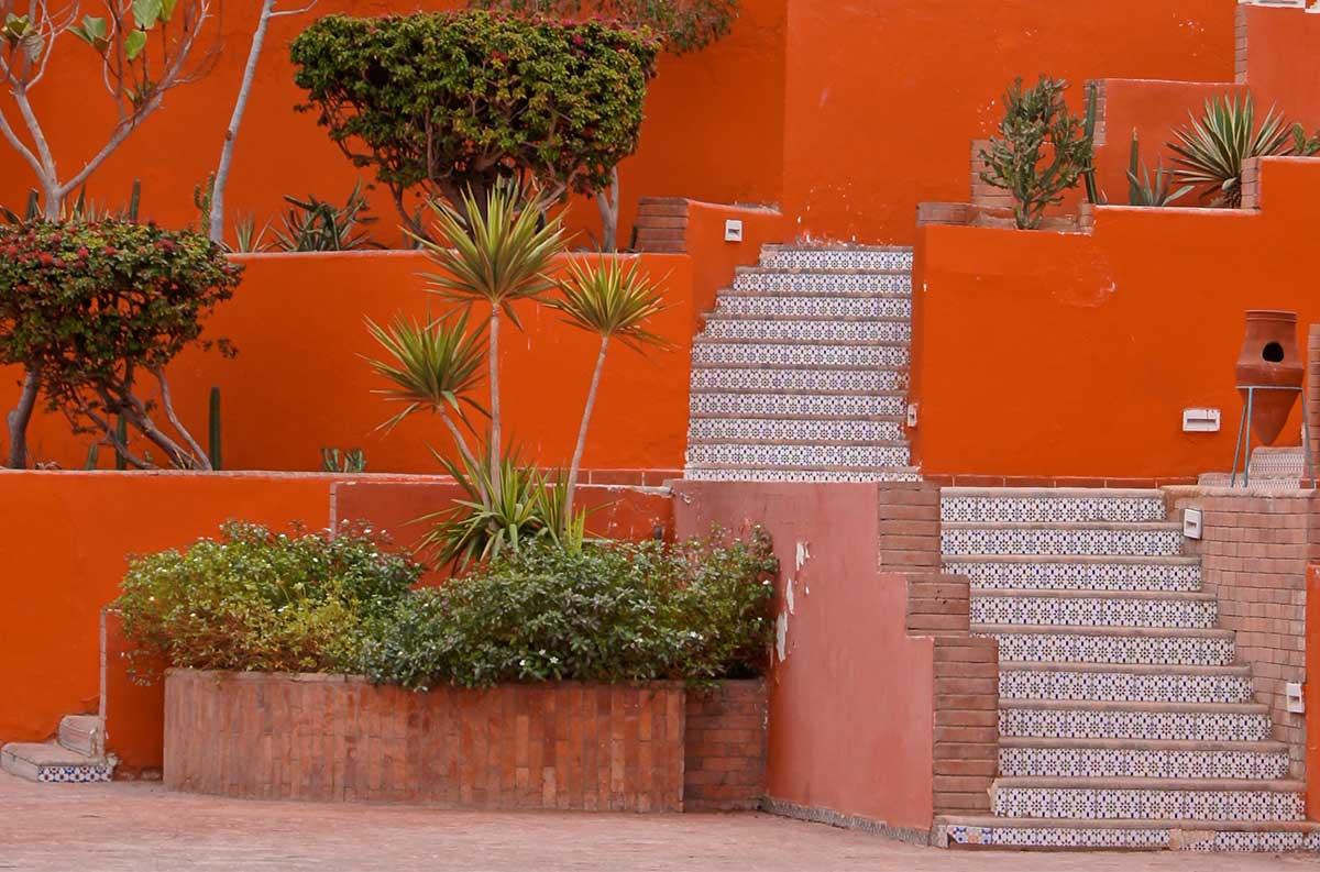 Corrimano in cotto per rifinire pavimenti interni ed esterni - Cotto per esterno prezzi ...