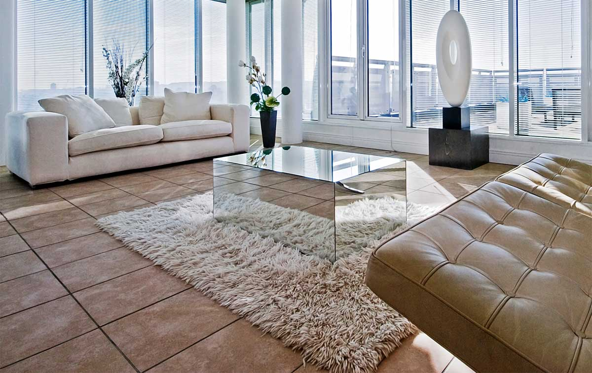 Pavimenti in cotto chiaro per un ambiente rustico ma luminoso for Siti di arredamento design